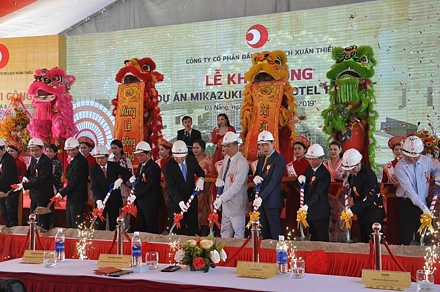 mikazuki-group-launches-the-first-5-star-resort-in-danang-bay_2